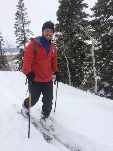 01_skiing